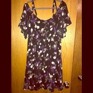 Torrid NWT 1X cold shoulder black floral dress